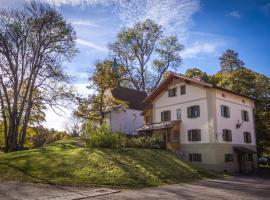 Schlossgaststätte Hohenberg, Seeshaupt