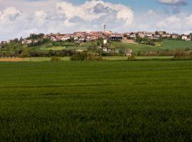 B&B di Spineto, Carbonara Scrivia (Sant' Agata fossili yakınında)