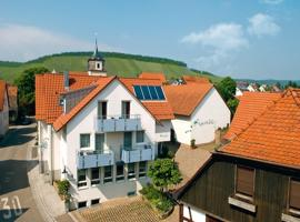 Pension Gästehaus Kachelofa, Vaihingen an der Enz (Ochsenbach yakınında)