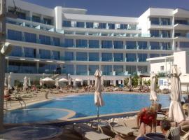 Vrissaki Beach Hotel