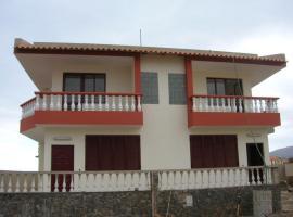 Villino Morna, Salamansa (Baia das Gatas yakınında)