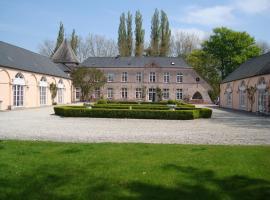 B&B Chateau Bagatelle, Frasnes-lez-Anvaing (Mont-de-l'Enclus yakınında)
