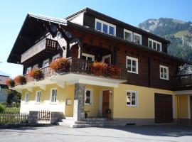 Haus Radona, Wald am Arlberg (Dalaas 인근 숙소)