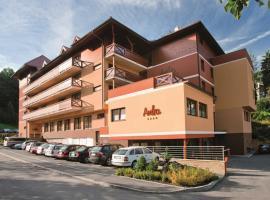 Wellness Hotel Rezidence Ambra, Luhačovice (Lázně Luhačovice yakınında)