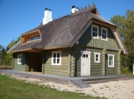 Punabe Holiday Home, Iide