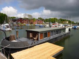 Hausboot Dänholm, Stralsund (Danholm yakınında)