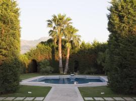 Homi Country Retreat, Partinico
