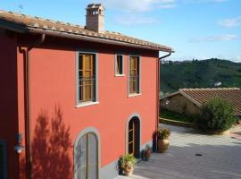 Agriturismo Casa Belvedere, Bacchereto (Near Carmignano)