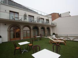 Hoteles baratos cerca de Palouet, Cataluña - Dónde dormir en ...
