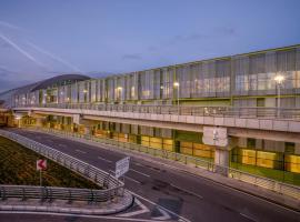 Tav Airport Hotel Izmir