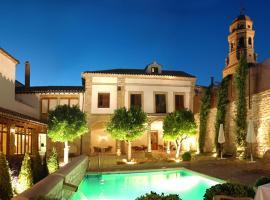 Hotel Puerta de la Luna, Баэса (рядом с городом Пуэнте-дель-Обиспо)