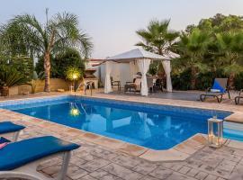 Oceanview Villa 120, Aya Napa (Zeybekköy yakınında)