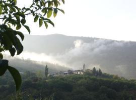 B&B Hostal Vall d' Assua, Altrón (Llesúy yakınında)