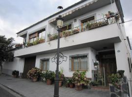 Casa María Jesús, Pórtugos (Atalbéitar yakınında)