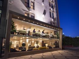 Sardegna Hotel - Suites & Restaurant