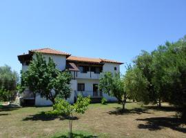 Bozelia Apartments, Торони
