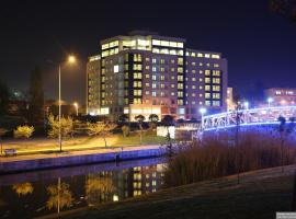 Parion Hotel
