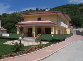 Real Asturias Hotel, Acquappesa (Terme Luigiane yakınında)