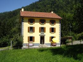 Heidi's Guesthouse, Frenières (Gryon yakınında)