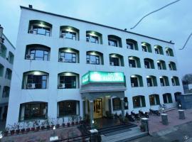 Hotel Rani Castle