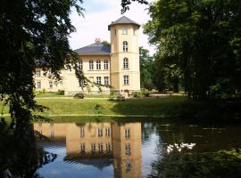 Landhaus Schloss Kölzow, Kölzow (Ehmkendorf yakınında)
