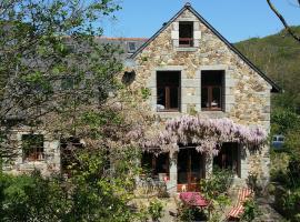 Haus Flora, Pléneuf-Val-André (рядом с городом Saint-Alban)