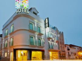 Hotel Magic, Назаре