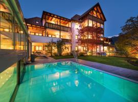 Residence Landhaus Fux, Silandro (Vezzano yakınında)