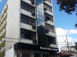 Fenicia Palace Hotel, Varginha (Três Pontas yakınında)