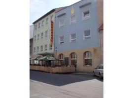 Hotel Koruna, Roudnice nad Labem (Straškov yakınında)