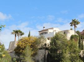 Classical and Romantic Villa, Cumbre del Sol