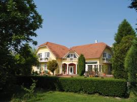 Villa Hedi Panzió, Dunakiliti