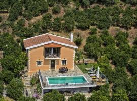 Citrea Villa, Fournés