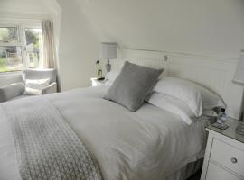 Twiga House Bed and Breakfast, Wareham