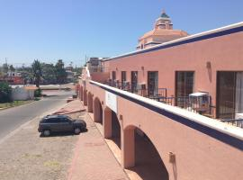 Los Jitos Hotel & Suites