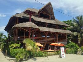 Hotel Bam-Bu Mompiche, Mompiche (Zapotal yakınında)