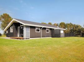 Three-Bedroom Holiday Home Skovbrynet with a Sauna 06, Oddesund Syd