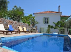Villa Liogerma, Панормос Скопелос (рядом с городом Alikias)