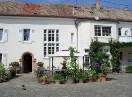 Weingut, Gästehaus und Kräuterhof, Flomborn (Gauersheim yakınında)