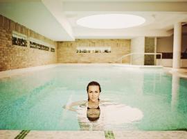 Crocus Gere Bor Hotel Resort & Wine Spa, Виллань