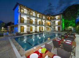 Amore Hotel Teki̇rova