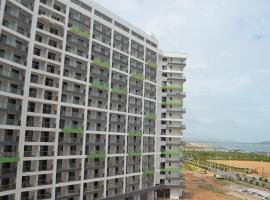 Jin Lan Bay Sea View Apartment, Yangxi (Shucun yakınında)