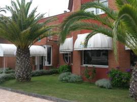 Hotel Casa Fernando II, Rellayo (Lamuño yakınında)