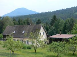 TRIXI´S GUESTHOUSE, Hřensko (Vysoká Lípa yakınında)