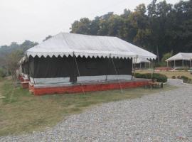 Derra Camp and Resort, Jhājra