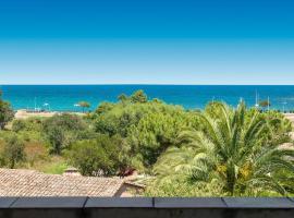 Mini Villa Playa del Oro, Фавон