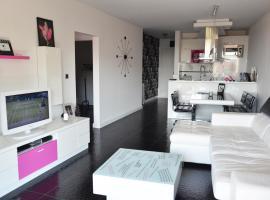 Black & White Apartments