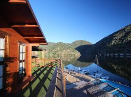 Douro Yachts & Chalets