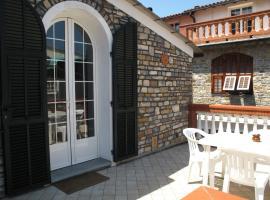 Casa Vacanze I Girasoli, Pontedassio (Villa Viani yakınında)