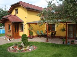 Apartment BENCI, Jindrichuv Hradec (Jarošov nad Nežárkou yakınında)